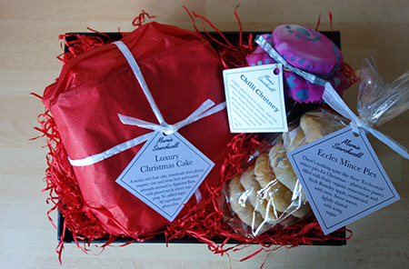 Christmas Hamper: 6-inch gluten free Luxury Xmas Cake, Jar of Chilli Chutney, Pack of 6 glutenfree Mince Pies (not available this year). All ingredients gluten free